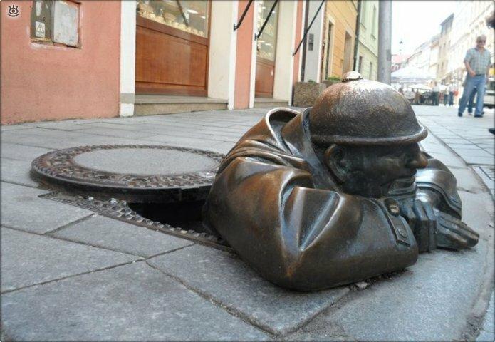 Смешное творчество в скульптурах 10