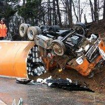 Фото приколы Нестандартные аварии (29 фото)