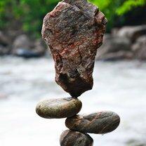 Скульптуры из равновесных камней фото приколы