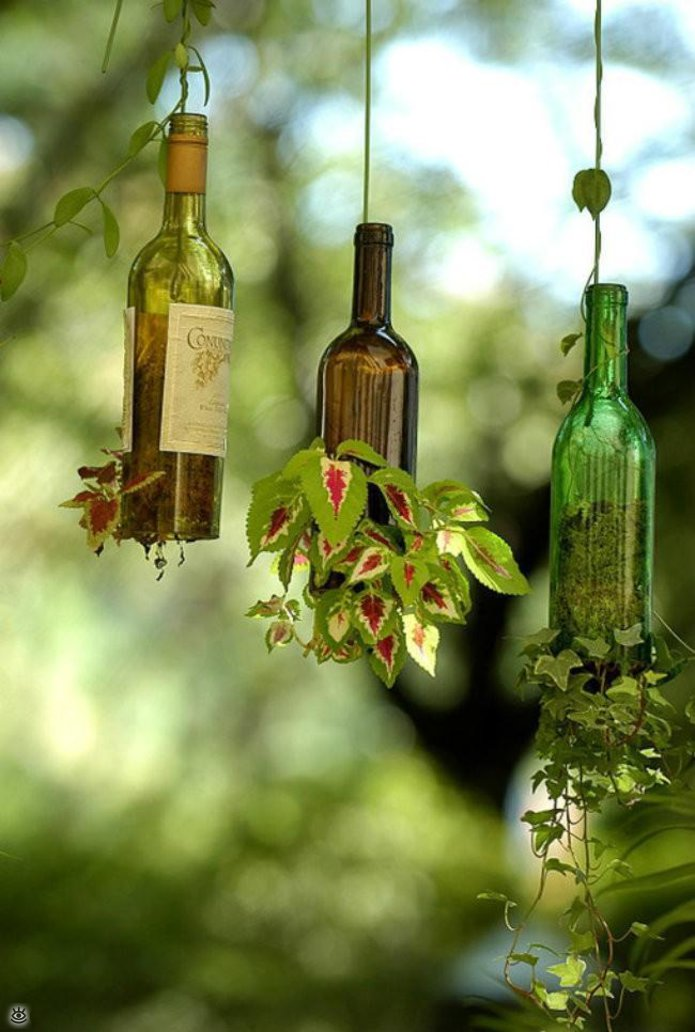 Стеклянные бутылки в интерьере 2
