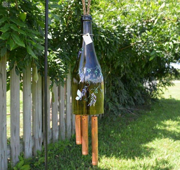 Стеклянные бутылки в интерьере 8