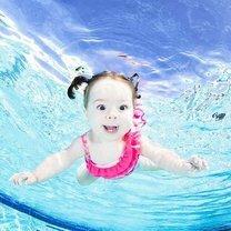 Ребятишки под водой