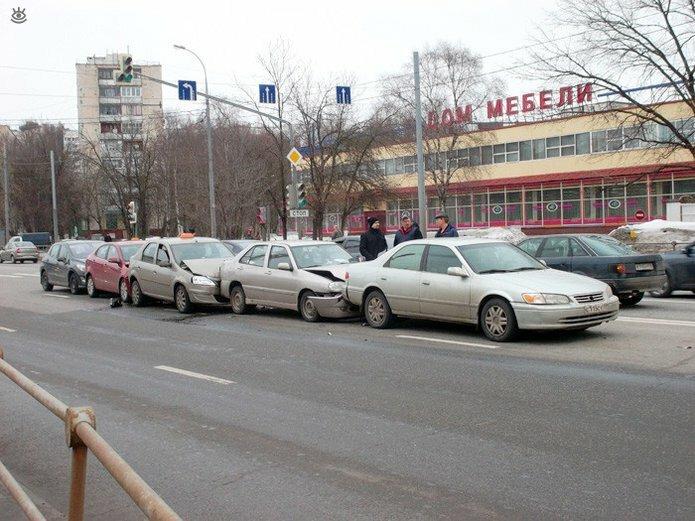 Казусные дорожно-транспортные происшествия 18
