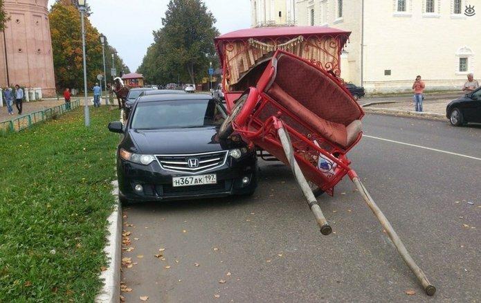 Казусные дорожно-транспортные происшествия 26