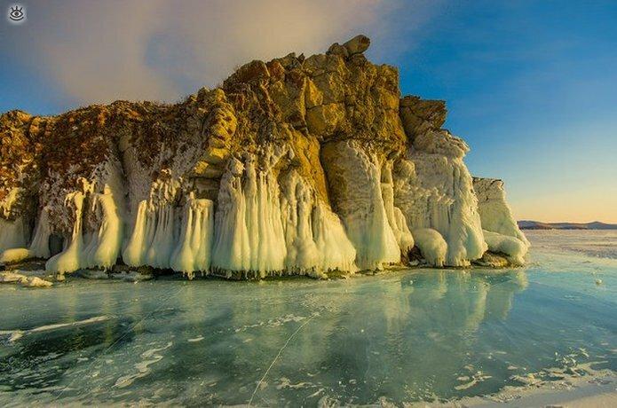 Озеро Байкал зимой 0
