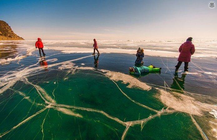 Озеро Байкал зимой 1