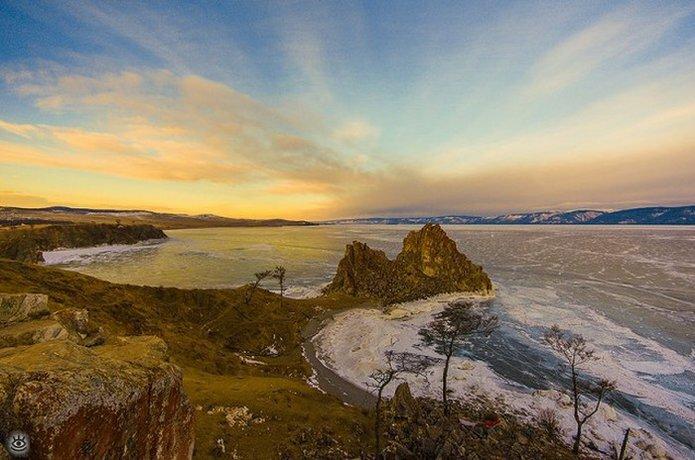 Озеро Байкал зимой 2