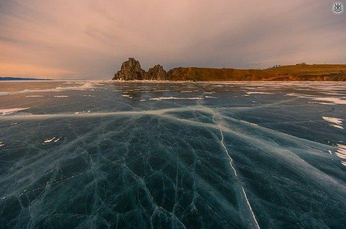 Озеро Байкал зимой 8