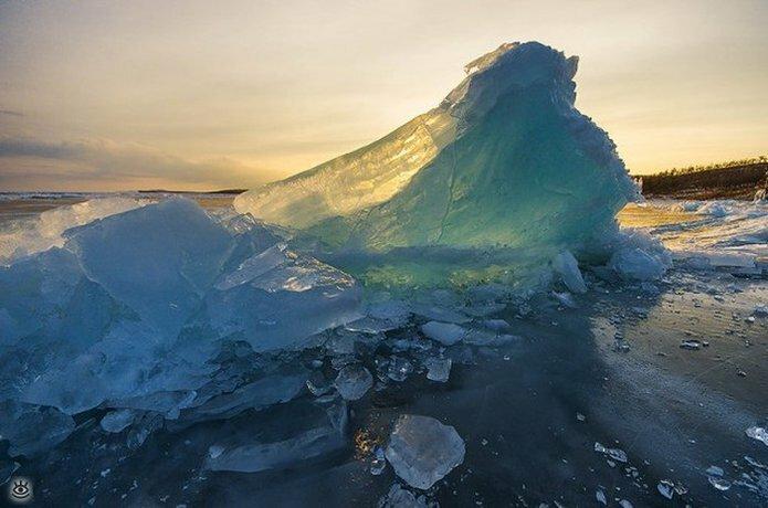 Озеро Байкал зимой 9