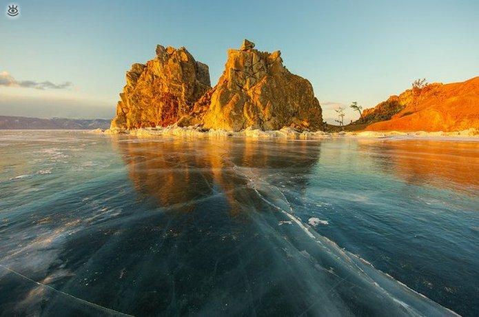 Озеро Байкал зимой 15