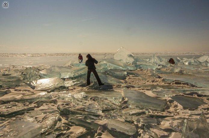 Озеро Байкал зимой 18