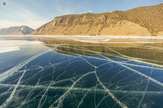 Озеро Байкал зимой 20