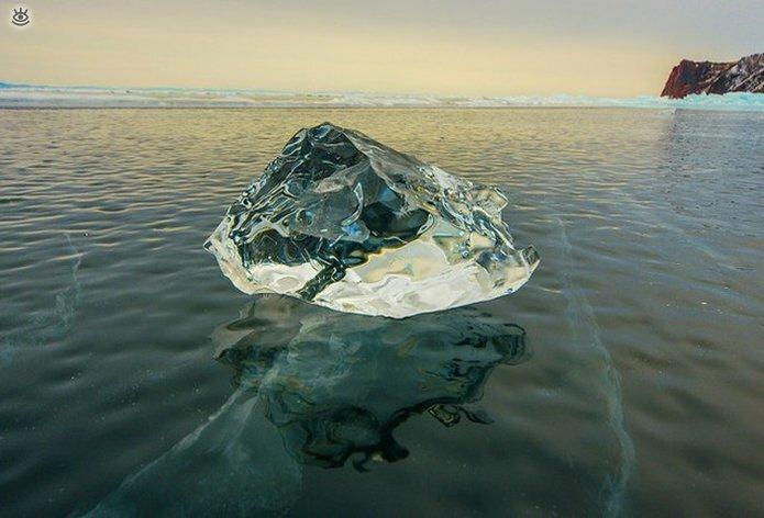 Озеро Байкал зимой 27