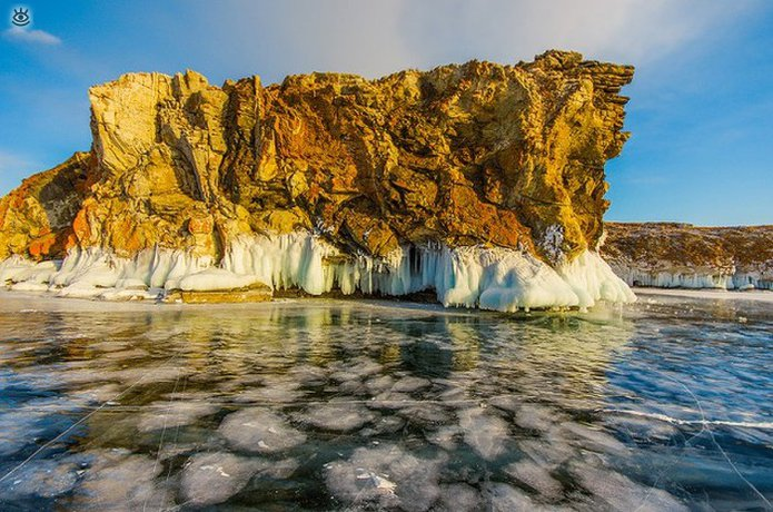 Озеро Байкал зимой 28
