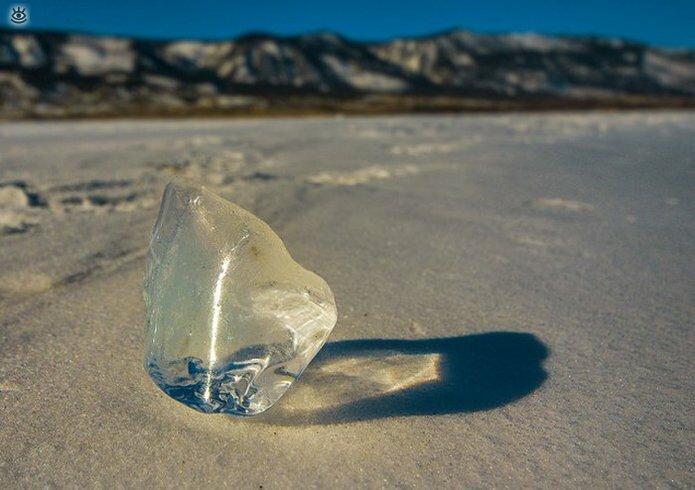 Озеро Байкал зимой 31