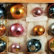 Фото приколы Как менялись ёлочные игрушки (11 фото)