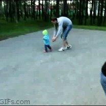 Чёткие отцовские рефлексы