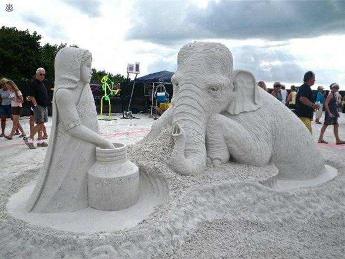 Виртуозные скульптуры из песка 0