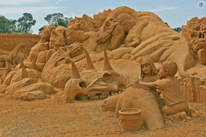 Виртуозные скульптуры из песка 2