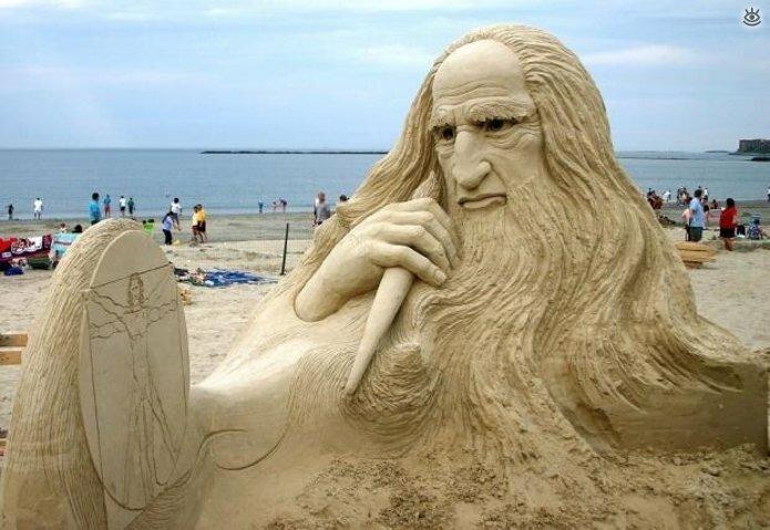 Виртуозные скульптуры из песка 3