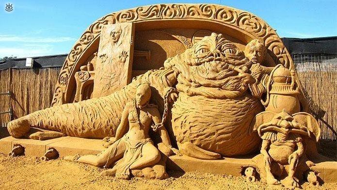 Виртуозные скульптуры из песка 6