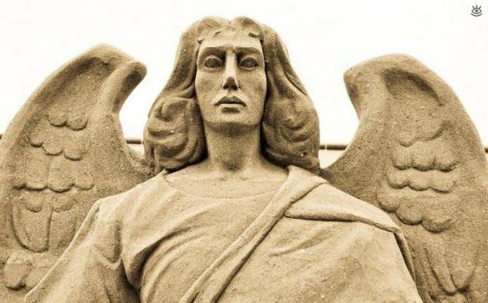Виртуозные скульптуры из песка 15