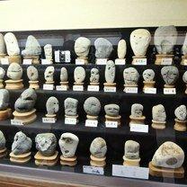 Камни с человеческими лицами фото