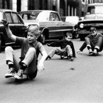 Фото приколы Как раньше развлекались дети (46 фото)