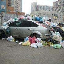 Фото приколы Полезное в мусорных баках (22 фото)