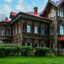 Красивейший столетний дом фото