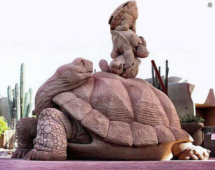 Грандиозные скульптуры из песка 13