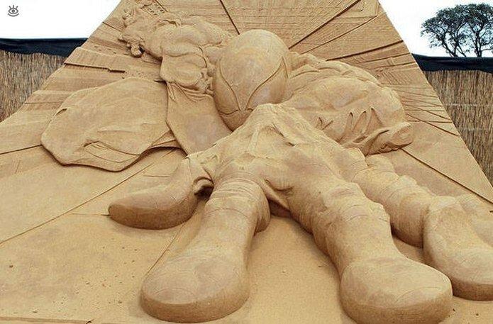 Грандиозные скульптуры из песка 14