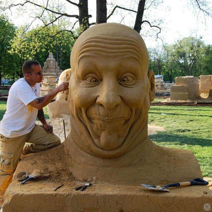 Грандиозные скульптуры из песка 19
