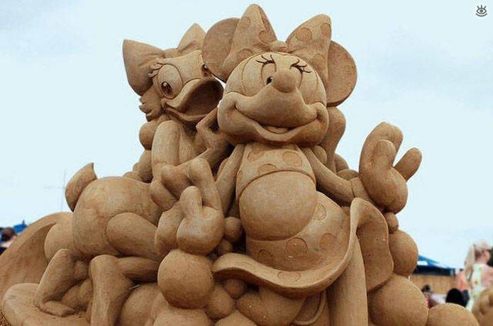 Грандиозные скульптуры из песка 22