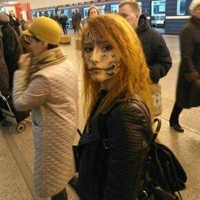 Пассажиры метро удивляют фото приколы