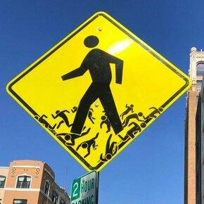 Удивительные дорожные знаки