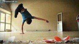 Смотреть Пластичный танцор