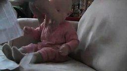 Смотреть Смешной малыш
