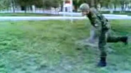 Солдат-лось смотреть видео прикол - 0:09