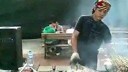 Китайский повар-болванчик смотреть видео прикол - 2:01