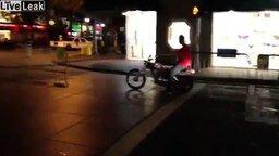 Смотреть Не садитесь пьяным на мотоцикл