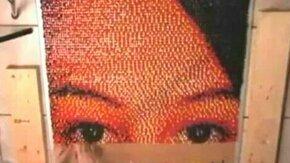 Смотреть Портрет из цветных гвоздиков