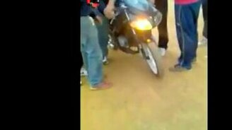 Проба езды на мотоцикле смотреть видео прикол - 0:33