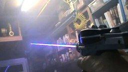 Смотреть Лазерный пистолетик