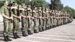 Смотреть Триумф армейских солдат