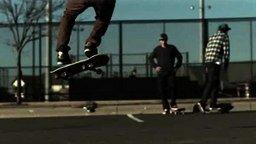 Смотреть Скейтеры в замедлении