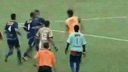 Разве ж это футбол? смотреть видео прикол - 0:36
