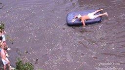 Веселье после наводнения смотреть видео прикол - 4:55