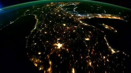 Смотреть Ночная планета Земля