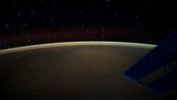 Смотреть Безмятежный полёт спутника